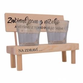 Dřevěný stojánek se skleničkami - začínal jsem z ničeho