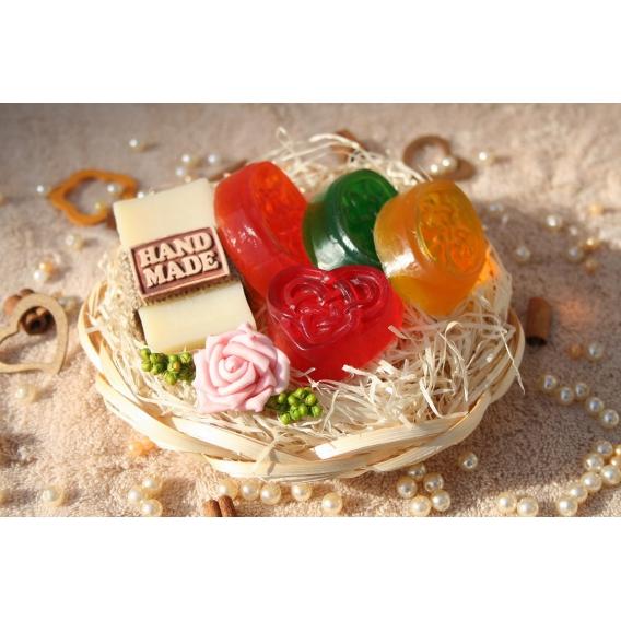 Olivové mydlo & Glycerínové MINI mydlá v košíku