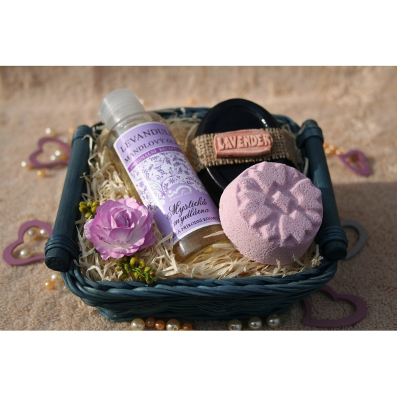 Telový mandľový olej Levanduľa & Glycerínové mydlo-dekoračné a Šumivá tableta v košíku