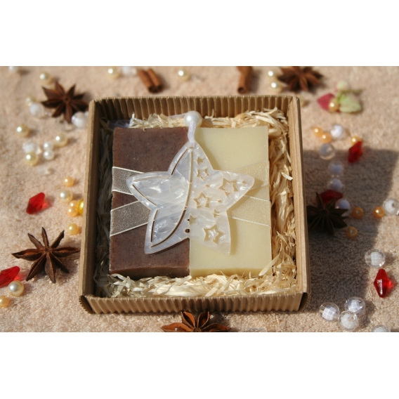 Olivové mydlá Natural a Škorica s vianočnou hviezdou