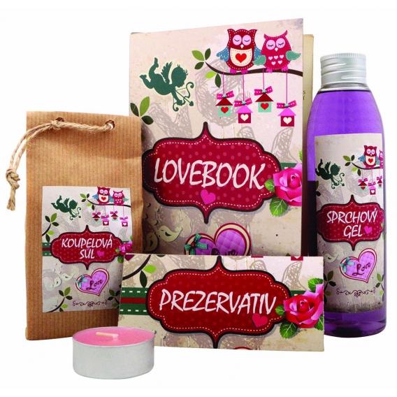 """Lovebook - darčeková """"kniha"""" pre zamilovaných - sprchový gél 200 ml, soľ do kúpeľa 150 g, darčekový prezervatív, sviečka"""