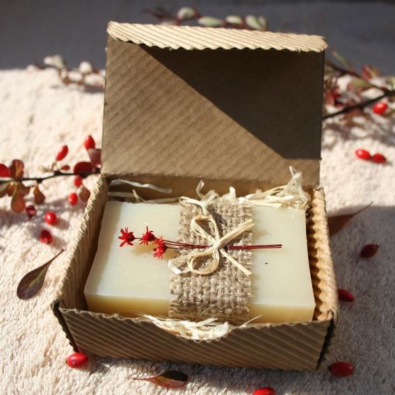Olivové mydlo Natural pre citlivú pokožku v krabičke