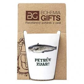 Darčekový porcelánový pohárik pre rybára - sumec